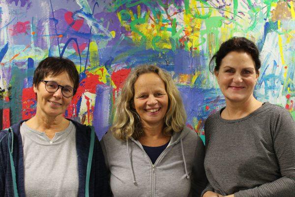 Der Vereinsvorstand: Cornelia Mehrkens, Beate Alefeld-Gerges und Simin Zarbafi-Blömer.